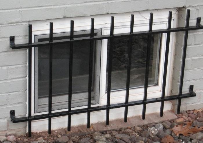 مدل حفاظ پنجره دوجداره